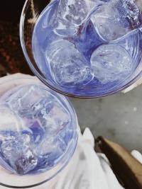 Distinto gin viola